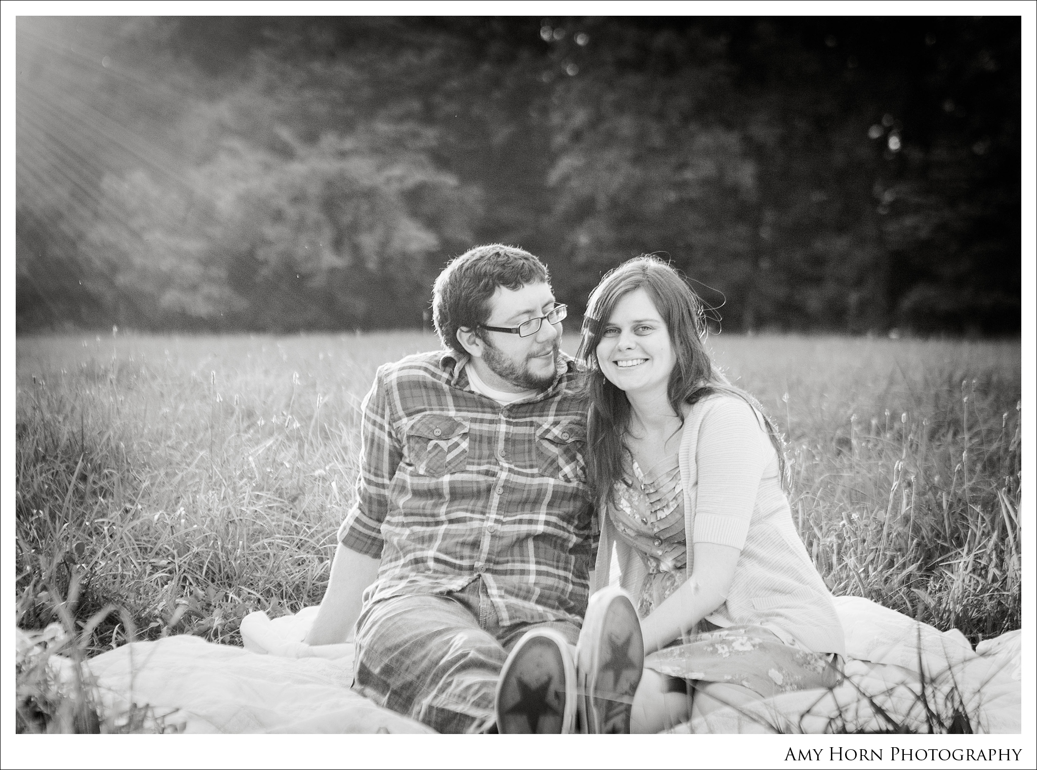 madison indiana wedding photographer, lawrenceburg indiana wedding, amy horn, engagement photography, field photography, country engagement session, wedding and engagement session ideas, engagement session011.jpg